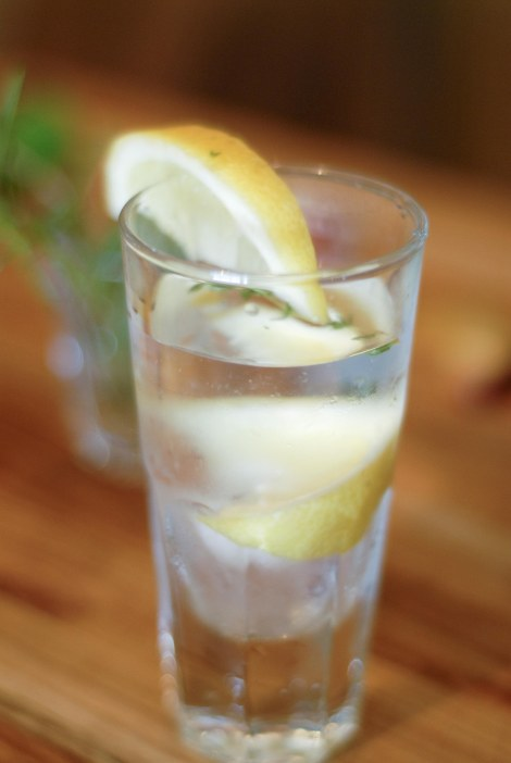 Sparkling thyme lemon mocktail