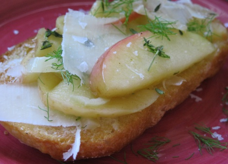 apple fennel bruschetta: foodie with a life